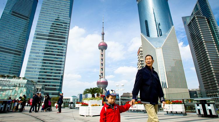 中國房市暴走 每坪百萬元算便宜 離婚買屋、二線城瘋漲 吹起世紀泡沫