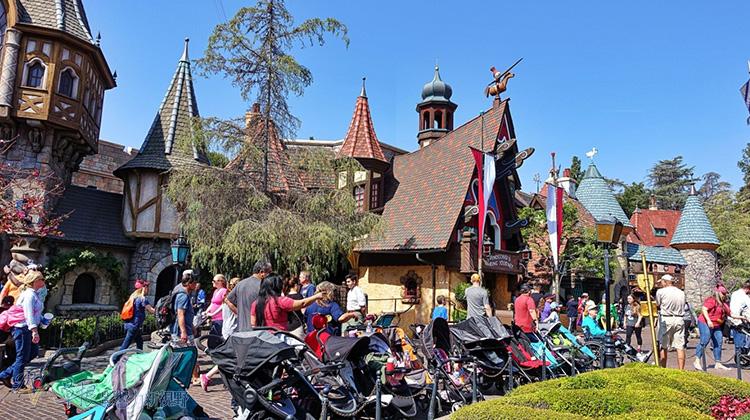 最幸福的國度:加州迪士尼樂園