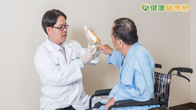 走路無力膝蓋越走越痛 一定要開刀嗎?
