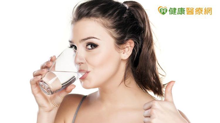 愛喝水很困難? 小祕訣養成習慣