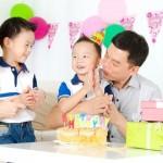 生日要帶零食去學校嗎?爸媽正反意見激戰!