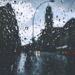 潮濕的空氣比干燥的空氣重嗎?