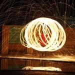 鋼絲絨燃燒,一幅大片的誕生