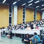 台大有堂零學分卻場場爆滿的課:為啥有 500 位學生、上班族、爸媽搶著聽他的「魯蛇」社會學?