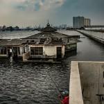 印尼雅加達快速沉沒中
