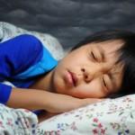 為什麼人們在睡覺時會抽搐?