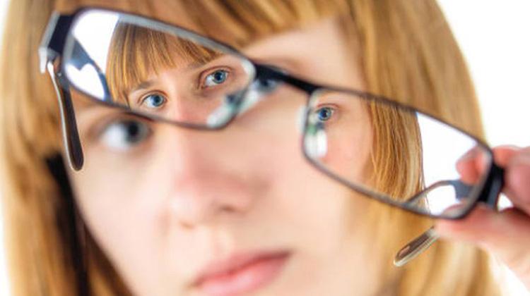 黃斑部病變 高度近視最棘手的併發症
