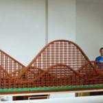 九萬顆樂高積木打造的雲霄飛車