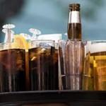 為什麼啤酒上端會形成泡沫,而汽水卻沒有?