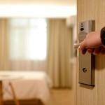 如何聰明地使用旅館房門服務