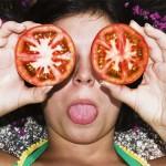 新的研究發現,我們可以使用廢棄番茄來發電