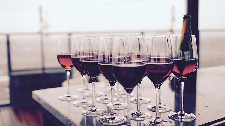 每天多喝1杯紅酒 壽命縮減