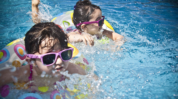 幼兒泳池戲水安全守則