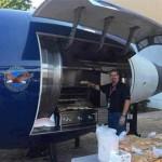 讓所有燒烤廚師羨慕的飛機引擎烤爐