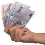如果朋友欠了孩子的錢不還,家長該怎麼做?