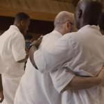 超級教會牧師獄中講道盼成立監獄教會 全場囚犯熱烈鼓掌高呼「阿們!」