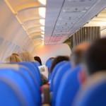 飛機坐在靠窗好,還是靠走道好?