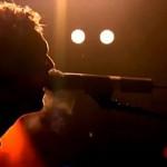 【療癒型搖滾】難過到失眠時,Coldplay 的歌帶你重新發現生活中的迷人事物