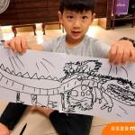 曾因老師嚴厲批評而不願再拿起畫筆!黃小柔立誓成為孩子鐵粉,鼓勵孩子發揮無限創意!
