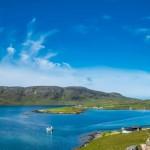 海上孤島沒有年輕人上教堂 蘇格蘭老殘姐妹花敬虔禱告使島民經歷屬靈復興