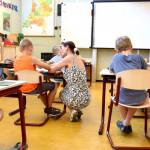 如何與孩子的老師保持互動?