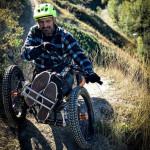 為身障者打造的登山輪椅