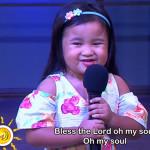 2歲菲女童演唱詩歌〈一萬個理由〉 純真美聲觸動七百萬人心