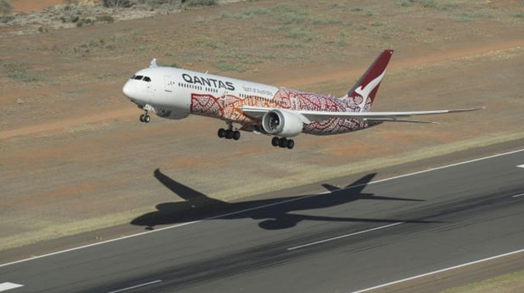 澳洲航空[哪裡都不去航班]銷售一空