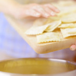 煮水餃不用等水滾?冷凍食品這樣煮才對!