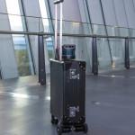 行李箱兼導盲犬