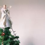 為什麼聖誕樹頂端要放天使或星星?