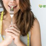 吃錯東西「168斷食」也沒效? 營養師曝「體積大、熱量少」好食物