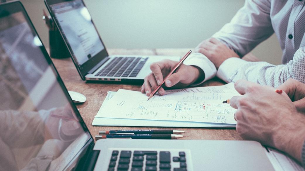嘗試以下四個技巧來有效地提高產品經理的能力