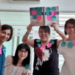 新加坡媽媽的任務,取代閒談,將「操場媽媽」變化為「門徒媽媽」!