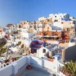 走進藍與白的天堂:希臘聖托里尼島
