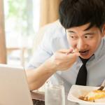 吃飯快到像打仗? 小心這是你變胖的元兇!