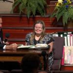 十年手抄整本聖經78萬字 唐氏症女孩用對聖經的熱愛 向人傳達神美好祝福